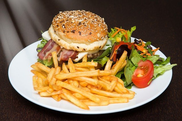 cathymazzola-hamburger